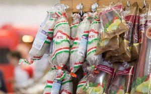 PICK Deutschland Regal mit Wintersalami auf der eat&Style Köln 2015